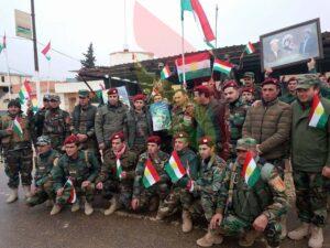 Pêşmergên Rojavayê Kurdistanê roja alaya Kurdî vejandin