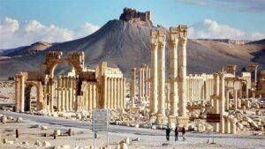DAIŞ 49 leşkerên Sûrî li Tedmurê dikuje