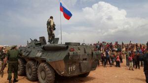 Ala Rûsî li Efrînê hate bilindkirin